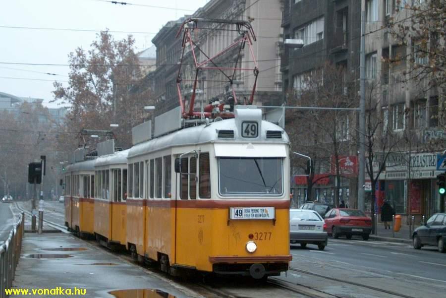 http://vonatka.hu/images/villamosok/budapest/uv3277_0.jpg